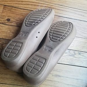 CROCS Shoes - Tan Croc Flats
